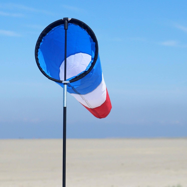 wolkenstuermer_windspiele_westwind_maritim_strand